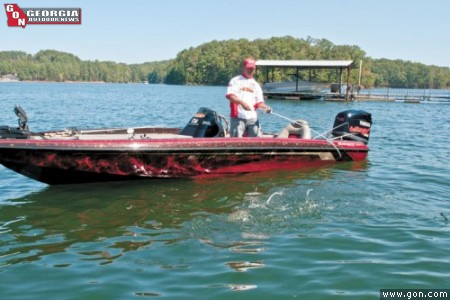 Fishing lanier spots with the all american for Lake lanier fishing spots